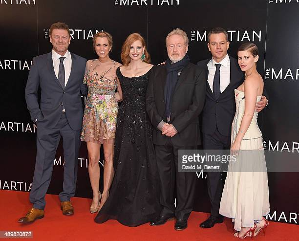 Sean Bean Kristen Wigg Jessica Chastain Ridley Scott Matt Damon and Kate Mara attend the European premiere of 'The Martian' at Odeon Leicester Square...