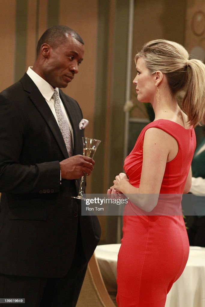 HOSPITAL - Sean Blakemore (Shawn) and Laura Wright (Carly) in a scene that airs the week of February 20, 2012 on ABC Daytime's 'General Hospital.' 'General Hospital' airs Monday-Friday (3:00 p.m. - 4:00 p.m., ET) on the ABC Television Network. GH12 SEAN