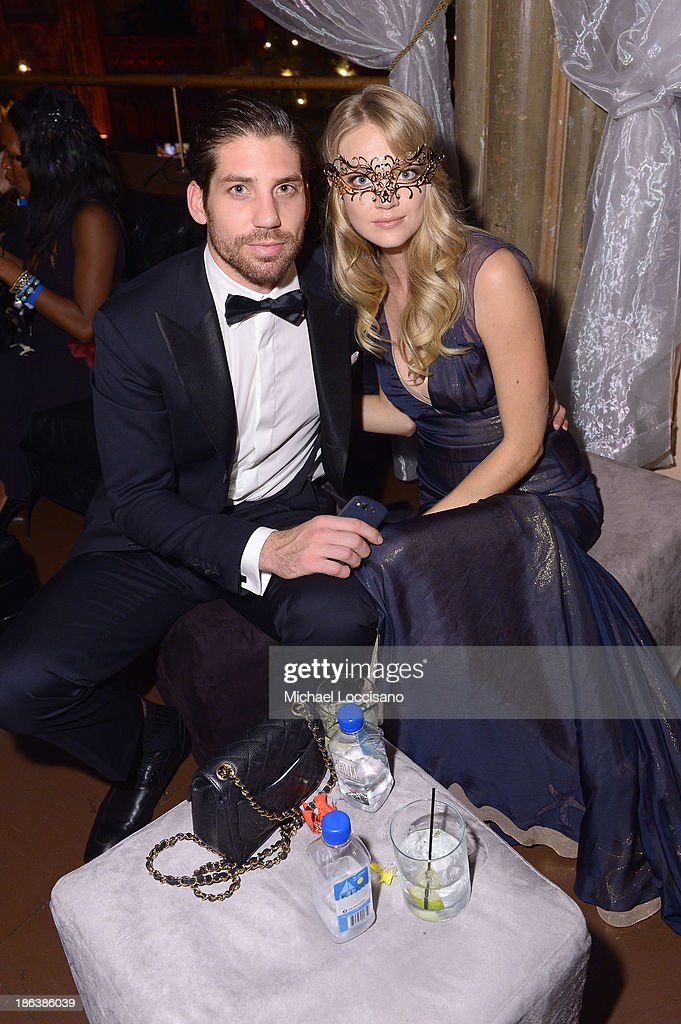 Sean Clayton and Model <a gi-track='captionPersonalityLinkClicked' href=/galleries/search?phrase=Lindsay+Ellingson&family=editorial&specificpeople=4248292 ng-click='$event.stopPropagation()'>Lindsay Ellingson</a> attends the 4th Annual UNICEF Masquerade Ball at Angel Orensanz Foundation on October 30, 2013 in New York City.