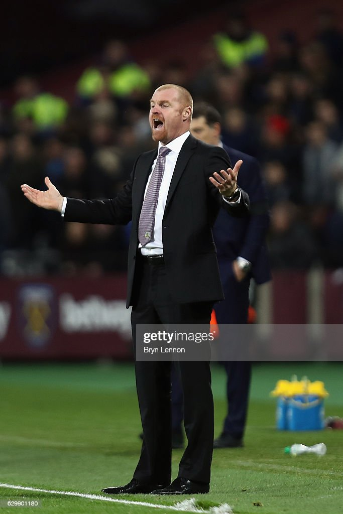 Sean Dyche, Manager of Burnley instructs his team during the Premier League match between West Ham United and Burnley at London Stadium on December 14, 2016 in Stratford, England.