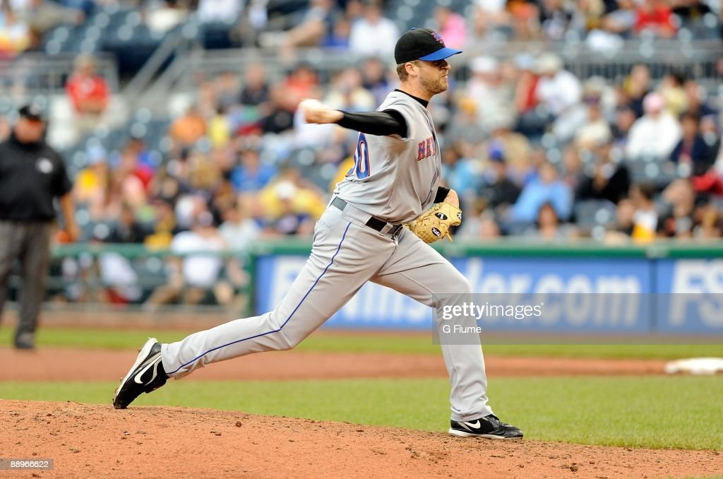 Sean Green of the New York Mets pitches against the Pittsburgh Pirates at PNC Park on July 2 2009 in Pittsburgh Pennsylvania