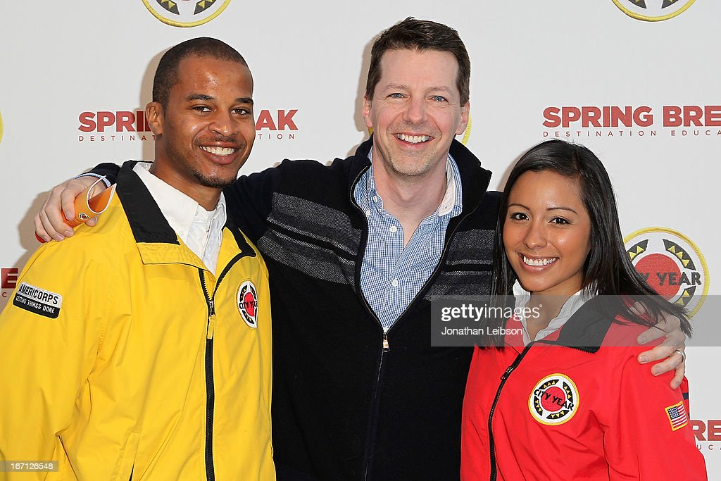 <a gi-track='captionPersonalityLinkClicked' href=/galleries/search?phrase=Sean+Hayes&family=editorial&specificpeople=204240 ng-click='$event.stopPropagation()'>Sean Hayes</a> (C) and City Year Los Angeles AmeriCorps members attend the City Year Los Angeles' Spring Break: Destination Education at Sony Pictures Studios on April 20, 2013 in Culver City, California.