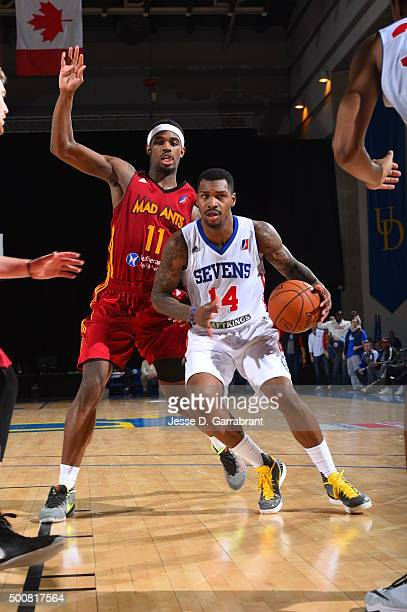 Sean Kilpatrick of the Deleware 87ers drives against CJ Fair of the Fort Wayne Mad Ants at the Bob Carpenter Center on December 9 2015 in Newark...