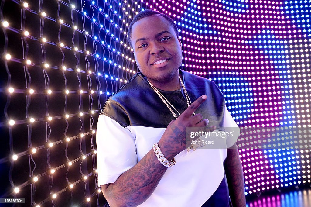<a gi-track='captionPersonalityLinkClicked' href=/galleries/search?phrase=Sean+Kingston&family=editorial&specificpeople=4413979 ng-click='$event.stopPropagation()'>Sean Kingston</a> visits BET's '106 & Park' at BET Studios on May 13, 2013 in New York City.