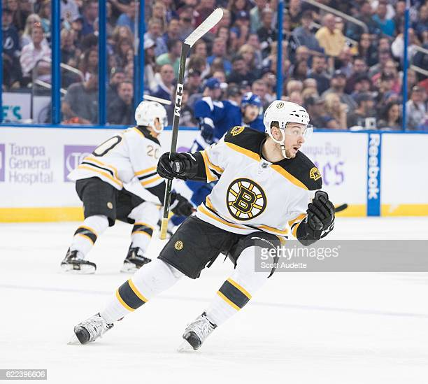 Sean Kuraly of the Boston Bruins skates against the Tampa Bay Lightning at Amalie Arena on November 3 2016 in Tampa Florida 'n