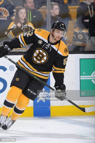 Sean Kuraly of the Boston Bruins warms up before the game against the Tampa Bay Lightning at the TD Garden on April 4 2017 in Boston Massachusetts