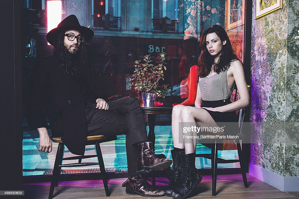 Sean Lennon & Charlotte Muhl, Paris Match Issue 3408, September 17, 2014