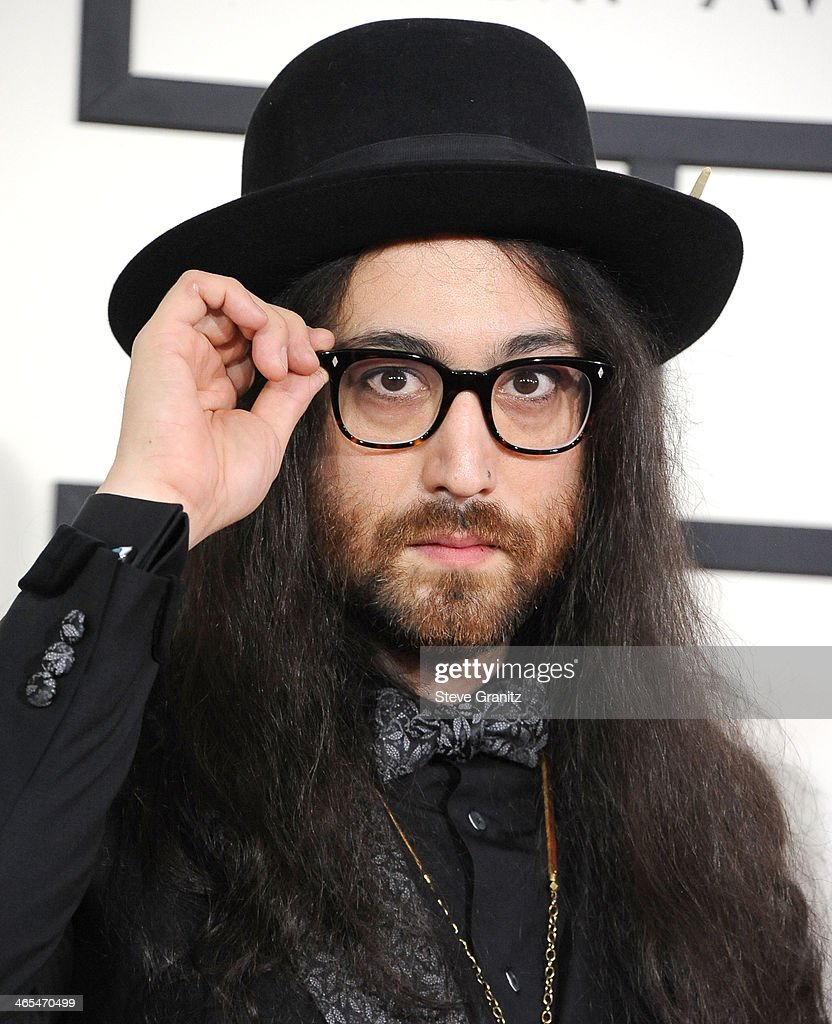 <a gi-track='captionPersonalityLinkClicked' href=/galleries/search?phrase=Sean+Lennon&family=editorial&specificpeople=206368 ng-click='$event.stopPropagation()'>Sean Lennon</a> arrivals at the 56th GRAMMY Awards on January 26, 2014 in Los Angeles, California.