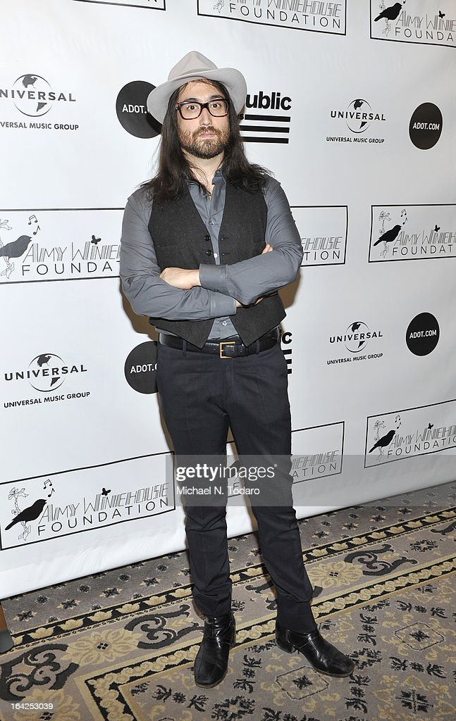 <a gi-track='captionPersonalityLinkClicked' href=/galleries/search?phrase=Sean+Lennon&family=editorial&specificpeople=206368 ng-click='$event.stopPropagation()'>Sean Lennon</a> attends the 2013 Amy Winehouse Foundation Inspiration Awards and Gala at The Waldorf=Astoria on March 21, 2013 in New York City.