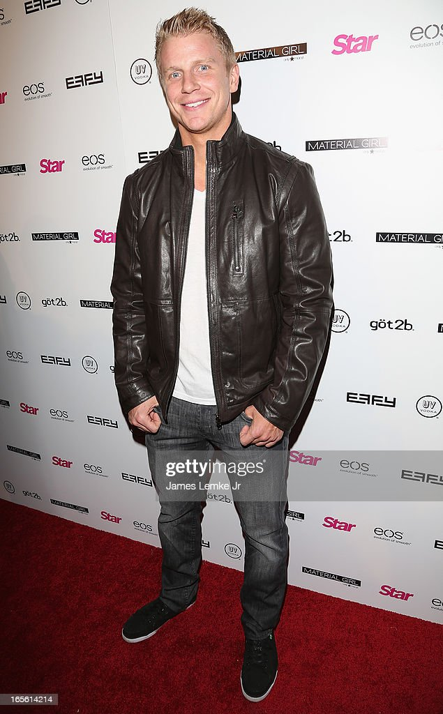 Sean Lowe attends the Star Magazine's 'Hollywood Rocks' Party held at the Playhouse Hollywood on April 4, 2013 in Los Angeles, California.