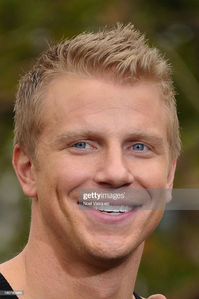 Sean Lowe visits Extra at The Grove on February 5, 2013 in Los Angeles, California.