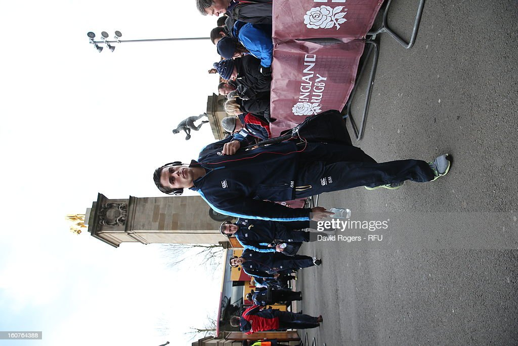 <a gi-track='captionPersonalityLinkClicked' href=/galleries/search?phrase=Sean+Maitland&family=editorial&specificpeople=4444184 ng-click='$event.stopPropagation()'>Sean Maitland</a> of Scotland arrives at Twickenham for the RBS Six Nations match between England and Scotland at Twickenham Stadium on February 2, 2013 in London, England.