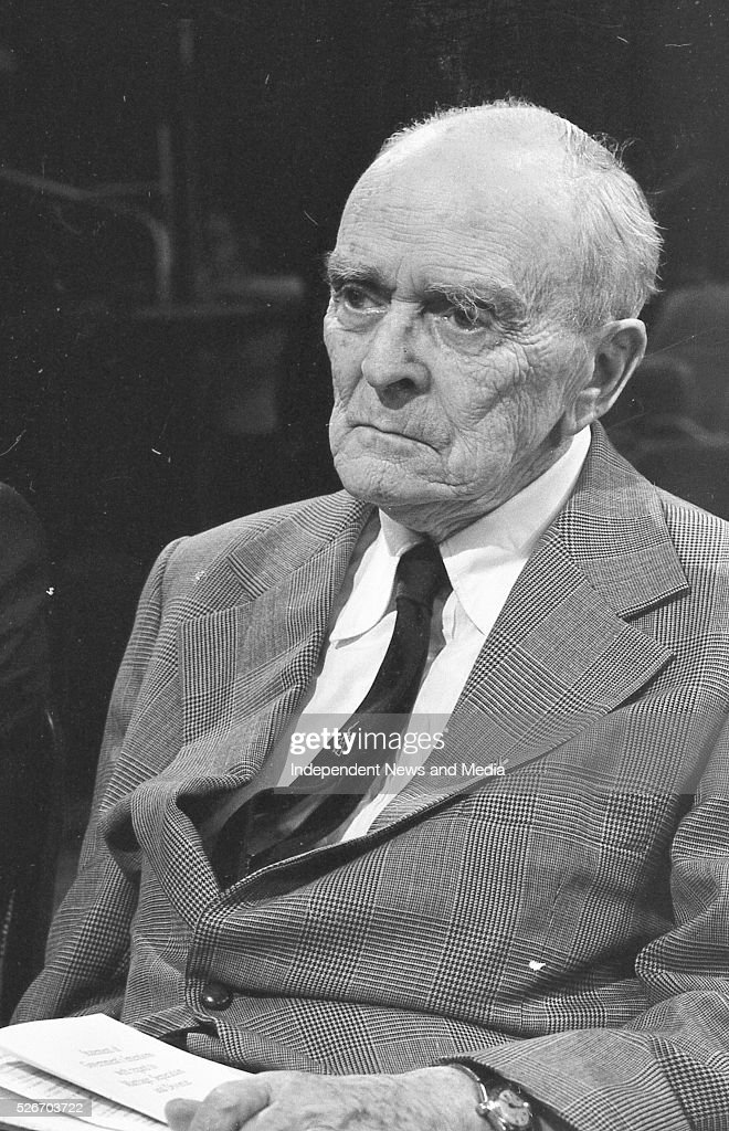 Sean McBride SC who was speaking from the witness box last night against the motion on The Late Late Show Special on Divorce 20/6/86 Photographer...
