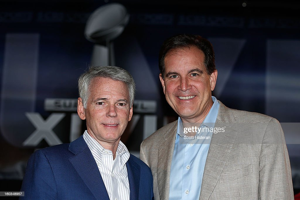 Sean McManus, Chairman of CBS Sports (L) poses with announcer <a gi-track='captionPersonalityLinkClicked' href=/galleries/search?phrase=Jim+Nantz&family=editorial&specificpeople=700519 ng-click='$event.stopPropagation()'>Jim Nantz</a> at a Super Bowl XLVII Broadcasters Press Conference at the New Orleans Convention Center on January 29, 2013 in New Orleans, Louisiana.