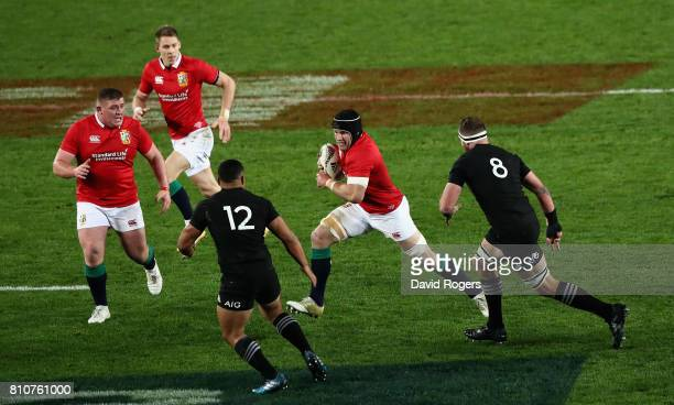 Sean O'Brien of the Lions charges upfield during the Test match between the New Zealand All Blacks and the British Irish Lions at Eden Park on July 8...