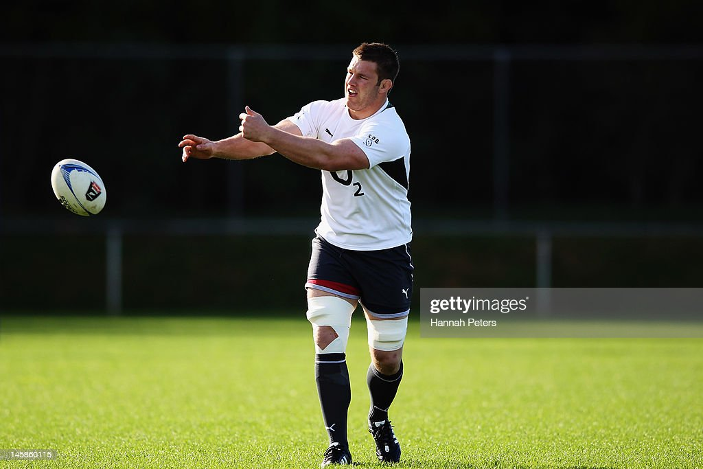 Sean O'Brien runs through drills during an Ireland rugby team training session at Onewa Domain on June 7, 2012 in Takapuna, New Zealand.