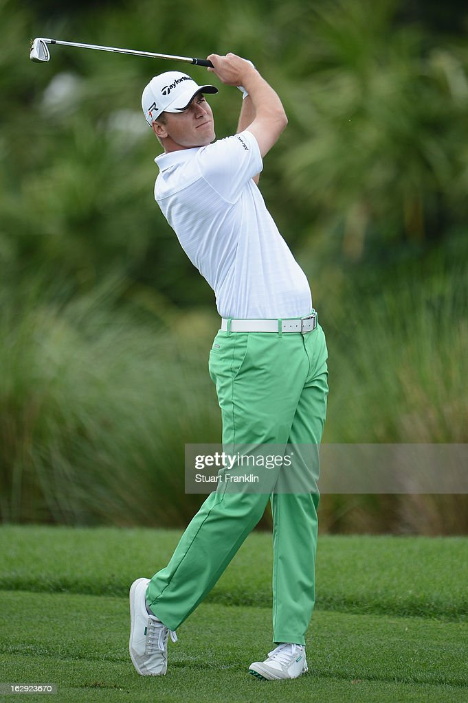 Sean O'Hair of USA plays his approach shot on the sixth hole during the second round of the Honda Classic on March 1, 2013 in Palm Beach Gardens, Florida.