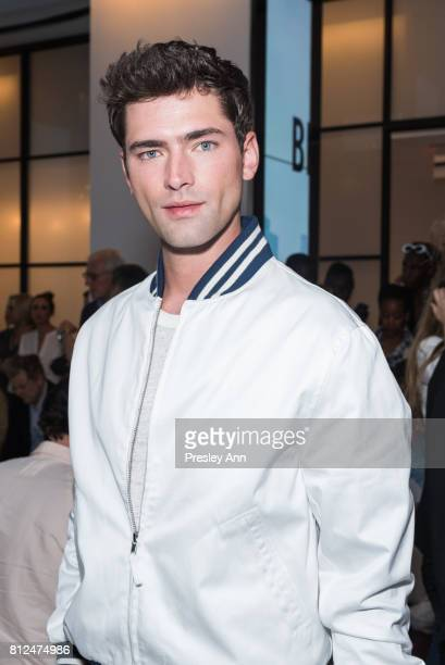 Sean O'Pry attends Todd Snyder Front Row/Backstage NYFW Men's July 2017 at Cadillac House on July 10 2017 in New York City