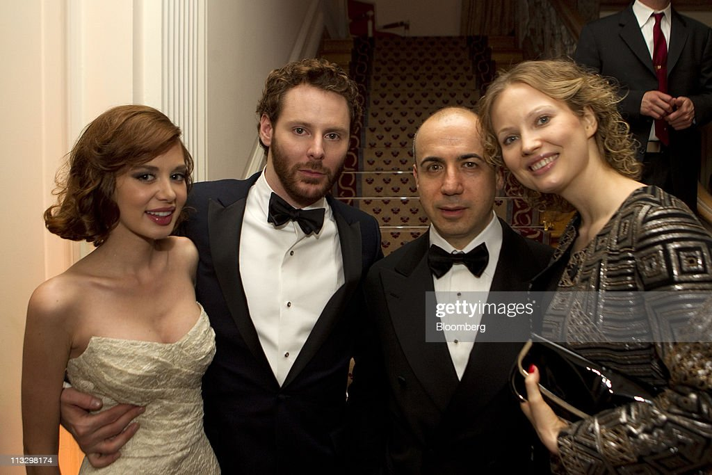 Sean Parker, co-founder of Napster Inc., second from left, attends the Bloomberg Vanity Fair White House Correspondents' Association (WHCA) dinner afterparty in Washington, D.C., U.S., on Saturday, April 30, 2011. The dinner raises money for WHCA scholarships and honors the recipients of the organization's journalism awards. Photographer: Andrew Harrer/Bloomberg via Getty Images