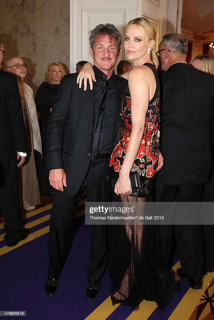 <a gi-track='captionPersonalityLinkClicked' href=/galleries/search?phrase=Sean+Penn&family=editorial&specificpeople=202979 ng-click='$event.stopPropagation()'>Sean Penn</a> and <a gi-track='captionPersonalityLinkClicked' href=/galleries/search?phrase=Charlize+Theron&family=editorial&specificpeople=171250 ng-click='$event.stopPropagation()'>Charlize Theron</a> attend the AIDS Solidarity Gala at Hofburg Vienna on May 16, 2015 in Vienna, Austria.