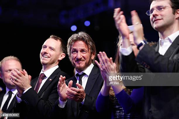 Sean Penn and Marc Mezvinsky attend the Clinton Global Citizen Awards during the second day of the 2015 Clinton Global Initiative's Annual Meeting at...