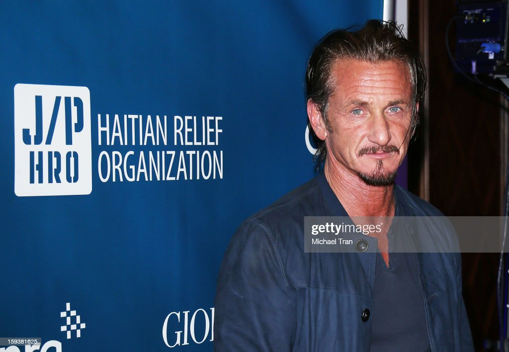 <a gi-track='captionPersonalityLinkClicked' href=/galleries/search?phrase=Sean+Penn&family=editorial&specificpeople=202979 ng-click='$event.stopPropagation()'>Sean Penn</a> arrives at the 2nd Annual <a gi-track='captionPersonalityLinkClicked' href=/galleries/search?phrase=Sean+Penn&family=editorial&specificpeople=202979 ng-click='$event.stopPropagation()'>Sean Penn</a> & Friends 'Help Haiti Home' held at Montage Hotel on January 12, 2013 in Los Angeles, California.