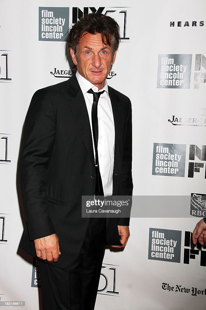 <a gi-track='captionPersonalityLinkClicked' href=/galleries/search?phrase=Sean+Penn&family=editorial&specificpeople=202979 ng-click='$event.stopPropagation()'>Sean Penn</a> attends the Centerpiece Gala Presentation Of 'The Secret Life Of Walter Mitty' during the 51st New York Film Festival at Alice Tully Hall at Lincoln Center on October 5, 2013 in New York City.