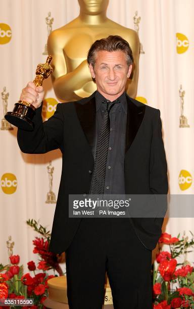 Sean Penn with the Best Actor award received for his role in Milk at the 81st Academy Awards at the Kodak Theatre Los Angeles