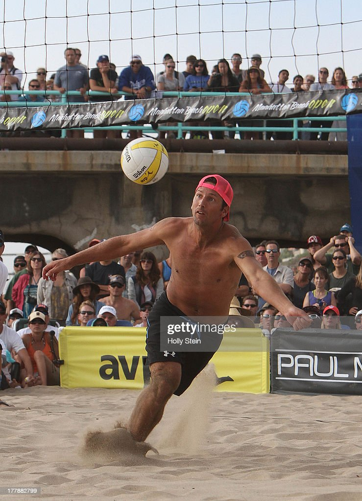 <a gi-track='captionPersonalityLinkClicked' href=/galleries/search?phrase=Sean+Rosenthal&family=editorial&specificpeople=568386 ng-click='$event.stopPropagation()'>Sean Rosenthal</a> digs the ball during the men's finals at the AVP Manhattan Beach Open on August 25, 2013 in Manhattan Beach, California. Rosenthal and his partner Phil Dalhausser lost to Casey Jennings and Matt Fuerbringer 21-18, 21-23, 15-12.