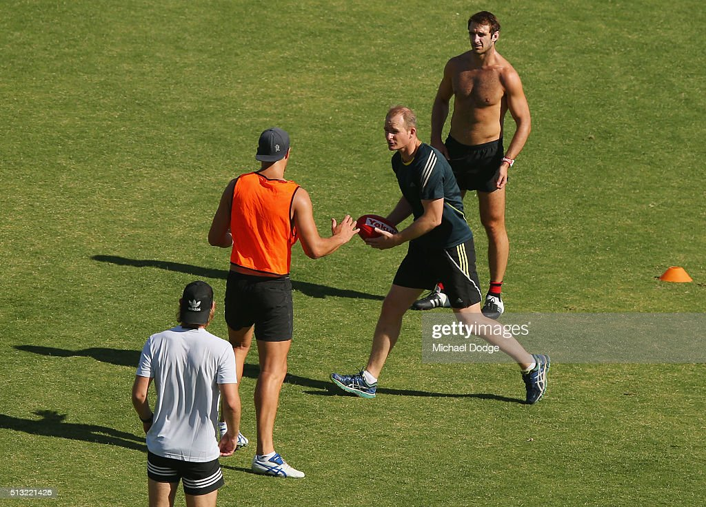 Sean Wellman speaks to the players during a training session at StBernard's College on March 2 2016 in Melbourne Australia