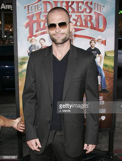 Seann William Scott during 'The Dukes Of Hazzard' Los Angeles Premiere Arrivals at Grauman's Chinese Theatre in Hollywood California United States