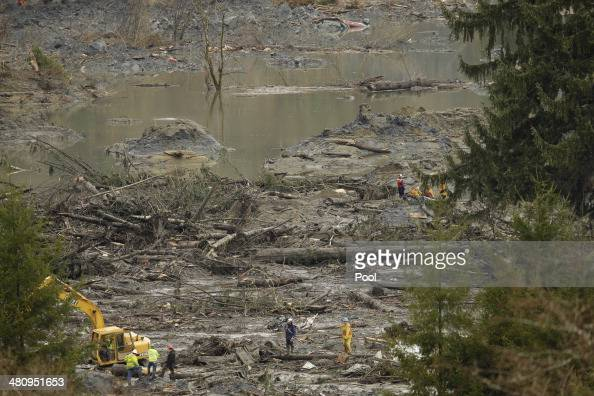 Search and rescue teams continue to work on March 27 2014 in Oso Washington A massive mudslide killed at least twentyfive and left many missing