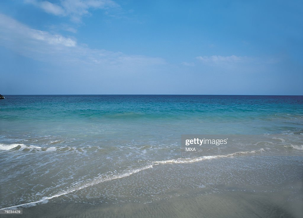Seascape during the day : Stock Photo
