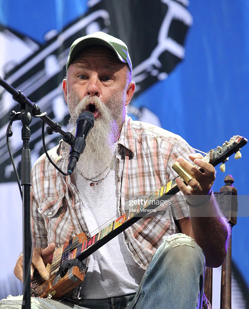 <a gi-track='captionPersonalityLinkClicked' href=/galleries/search?phrase=Seasick+Steve&family=editorial&specificpeople=4339803 ng-click='$event.stopPropagation()'>Seasick Steve</a> performs at day 1 of the Lowlands Festival on August 16, 2013 in Biddinghuizen, Netherlands.