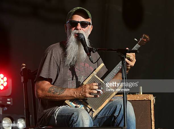 Seasick Steve Air Cleaner : Seasick steve stock fotos und bilder getty images