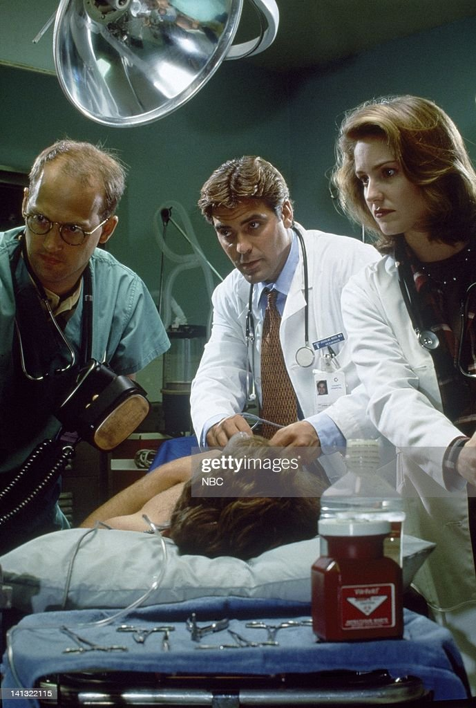 Anthony Edwards as Dr. Mark Greene, George Clooney as Dr. Doug Ross, Sherry Stringfield as ER Resident Dr. Susan Lewis -- Photo by: Chris Haston/NBCU Photo Bank