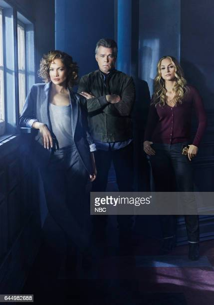 1 Pictured Jennifer Lopez as Harlee Santos Ray Liotta as Lt Matt Wozniak Drea de Matteo as Tess Nazario