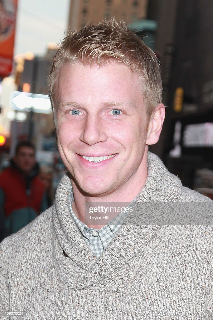 Season 17's 'The Bachelor' Sean Lowe visits ABC News' 'Good Morning America' Times Square Studio on January 7, 2013 in New York City.