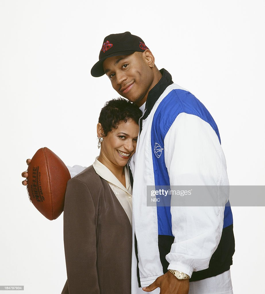 <a gi-track='captionPersonalityLinkClicked' href=/galleries/search?phrase=Debbie+Allen&family=editorial&specificpeople=210660 ng-click='$event.stopPropagation()'>Debbie Allen</a> as Jackie Warren, L.L. Cool J as Marion Hill --