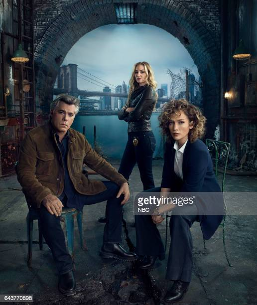 2 Pictured Ray Liotta as Lt Matt Wozniak Drea de Matteo as Tess Nazario Jennifer Lopez as Harlee Santos