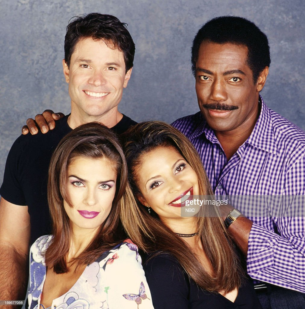 Peter Reckell as Bo Brady, Kristian Alfonso as Hope Williams Brady, Renee Jones as Lexie Carver, James Reynolds as Abe Carver --