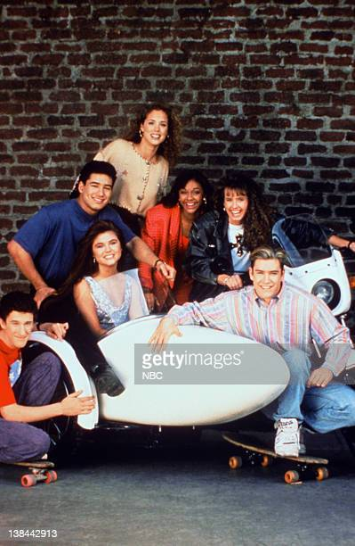 Dustin Diamond as Screech Powers TiffaniAmber Thiessen as Kelly Kapowski Mario Lopez as AC Slater Elizabeth Berkley as Jessie Spano Lark Voorhies as...
