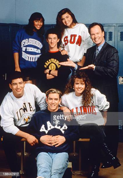 Mario Lopez as AC Slater MarkPaul Gosselaar as Zachary 'Zack' Morris Leanna Creel as Tori Scott Lark Voorhies as Lisa Turtle Dustin Diamond as...