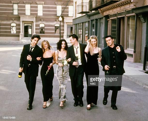 David Schwimmer as Ross Geller Jennifer Aniston as Rachel Green Courteney Cox as Monica Geller Matthew Perry as Chandler Bing Lisa Kudrow as Phoebe...