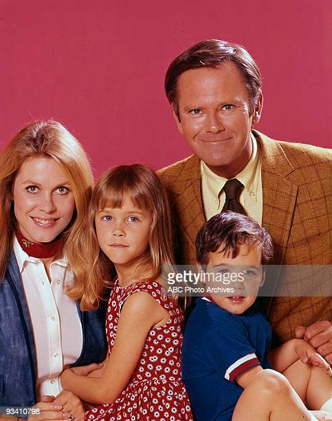 BEWITCHED Season 8 1971 GALLERY ELIZABETH MONTGOMERY DICK SARGENT ERIN MURPHY DAVID LAWRENCE