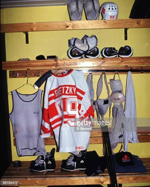 Gretzky's 94 World Tour Locker
