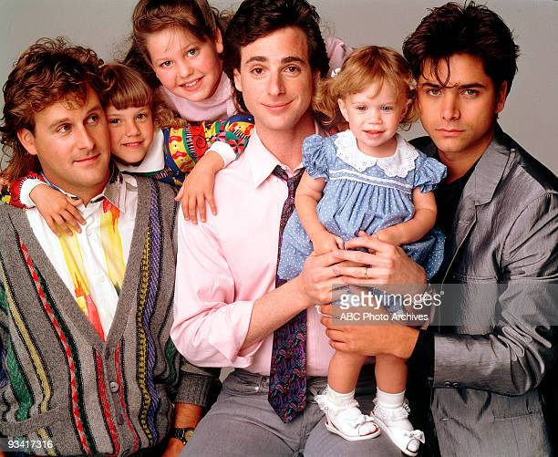 HOUSE Season One Gallery 5/9/88 Pictured from left Dave Coulier Jodie Sweetin Candace Cameron Bob Saget Ashley Olsen John Stamos