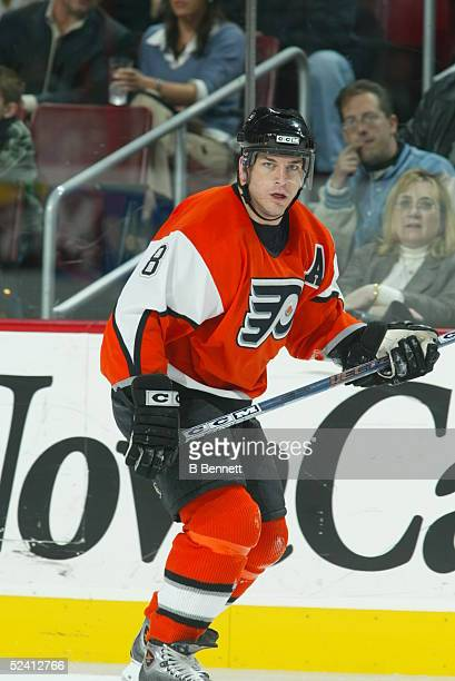 Player Mark Recchi of the Philadelphia Flyers