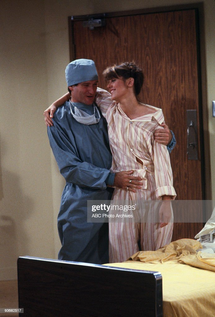 MORK MINDY Season Two 'Mork's Health Hints' 1979 Robin Williams Pam Dawber