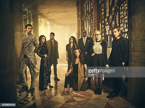 2 Pictured Hale Appleman as Eliot Summer Bishil as Margo Arjun Gupta as Penny Jade Tailor as Kady Stella Maeve as Julia Rick Worthy as Dean Fogg...